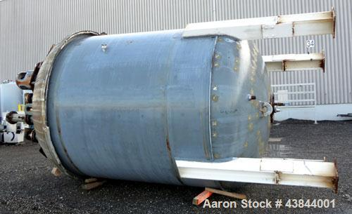 Used-6000 Gallon Dedietrich Reactor, 1986, used for a short time.  Plug free, no signs of damage in nozzles (most covered up...