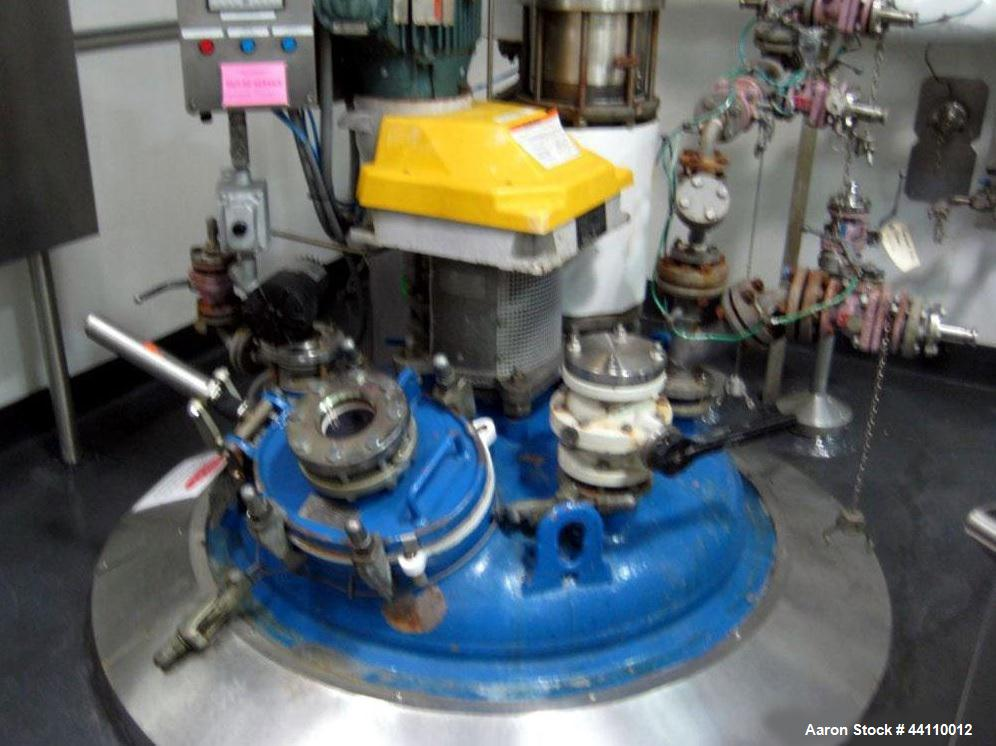 Used- DeDietrich Glass Lined Reactor, 300 Gallon. Internal rated 100 psi & Full Vacuum at 500 degrees F, jacket rated 150 ps...