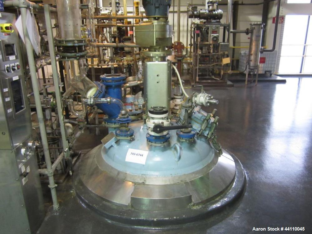 Used- Pfaudler glass lined reactor, 500 gallon, rated 125/Fv @ 450 internal, 100/FV @ 450 jacket. Serial # J062890, NB# 5147...