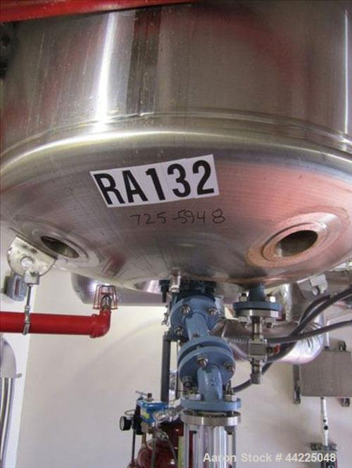 Used- Pfaudler Glass Lined Reactor, 200 Gallon, Type 9119 Glass. Internal rated 150 psi and full vacuum at 450 degrees F, ja...