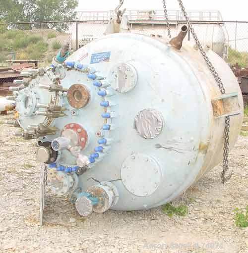 "USED: Dedietrich glass lined reactor, model SA-750, 750 gallon, type 2222N glass, vertical. 61"" diameter x 55"" straight side..."