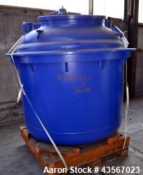 De Dietrich Glass Lined Reactor, 2030 Liter (536.43 Gallon), 3009 Blue Glass, Vertical. Approximate...