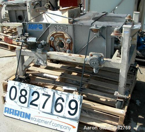 Used- Sweco Full Flow Rectangular Separator, Model EM2-1A, Stainless Steel.