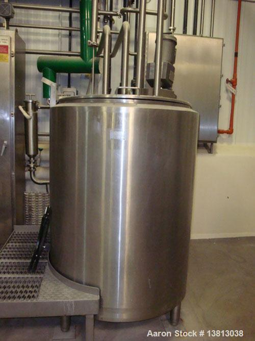 Used-DCI 200 Gallon stainless steel, hot water jacketed, process tank with Lightnin mixer.