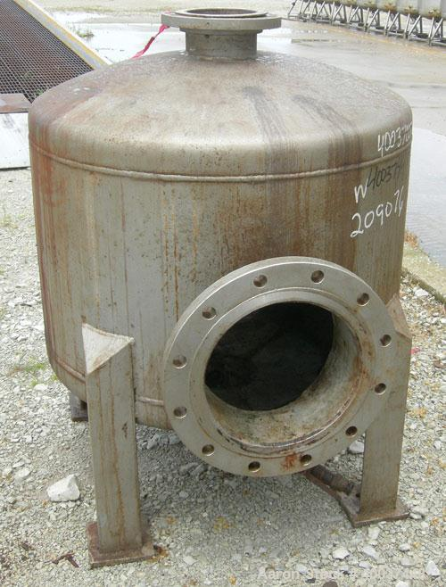 "Used- Designers Fabricators Tank, 100 Gallon, 304 Stainless Steel, Vertical. 36"" diameter x 24"" straight side, dished top an..."