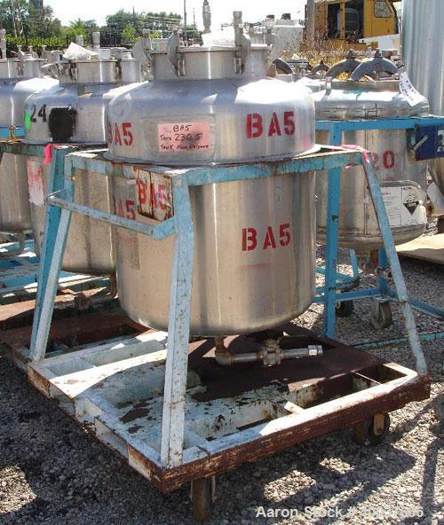 "Used- Javo N.V. Alkmaar Pressure Tank, 100 gallon, stainless steel, vertical. 30"" diameter x 30"" straight side, dished top a..."