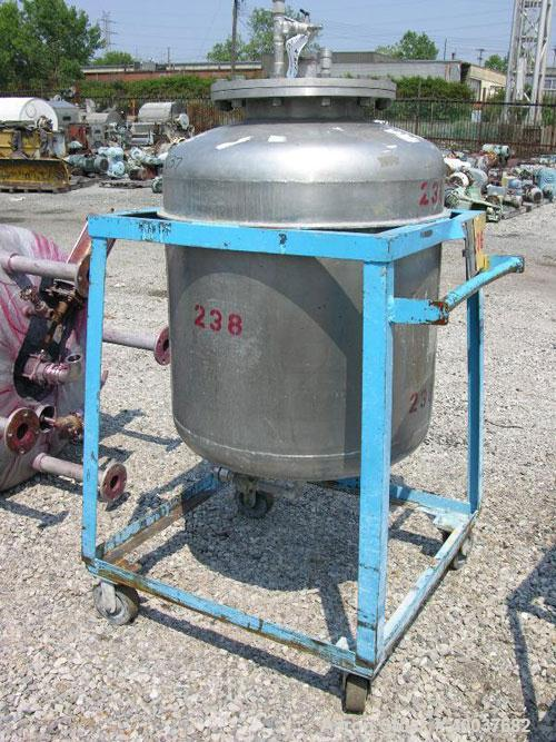 "Used- Pressure Tank, 100 Gallon, Stainless Steel, Vertical. 30"" diameter x 28"" straight side, dished top and bottom. Interna..."