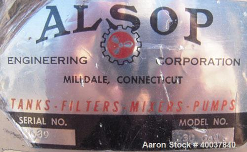 """Used- Alsop Tank, 30 gallon, stainless steel, vertical. 21"""" diameter x 22"""" straight side. Flat top with a 1/3 hinged cover, ..."""