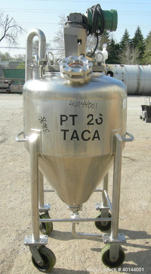 "Used- B & G Pressure Tank, 75 Gallon, 316 Stainless Steel, Vertical. Approximately 32"" diameter x 20"" straight side x 24"" co..."