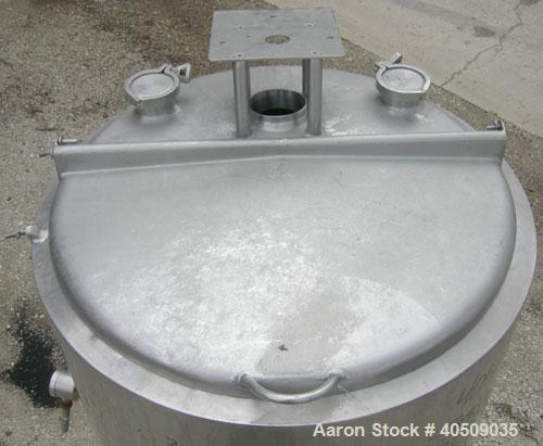 "Used- Tank, 100 gallon, 321 stainless steel, vertical. 30"" diameter x 35"" straight side. Flat top with 1/2 hinged cover, slo..."