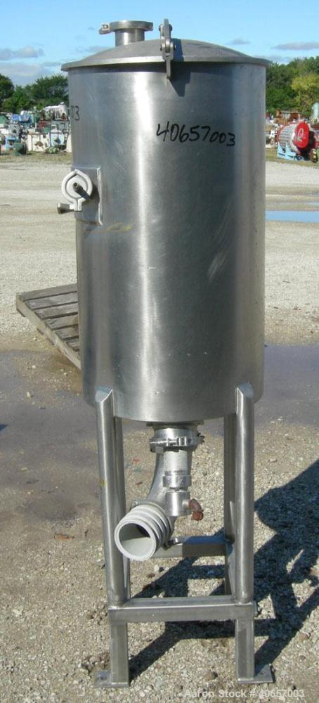 "Used- Semi-Bulk Systems tank, 45 gallon, 316 stainless steel, vertical. 20"" diameter x 34"" straight side, dished top cover, ..."