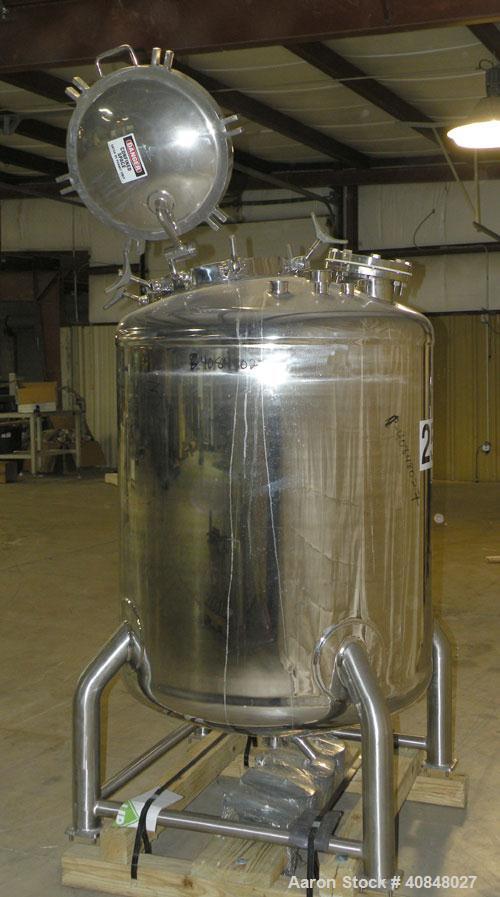 "Used- Lee Industries Polished Pressure Tank, Model 250DBT, 250 gallon, 316 stainless steel, vertical. 40"" diameter x 42"" str..."