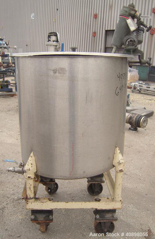 "Used- Tank, 90 gallon, 304 stainless steel. 30"" diameter x 30"" straight side, open top with cover, flat sloping bottom. Clam..."
