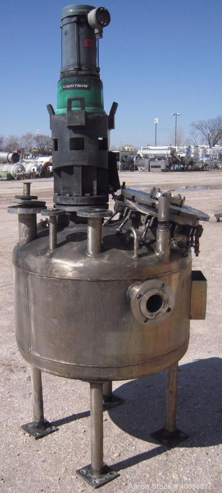 "Used- Alloy Fab Pressure Tank, 100 gallon, 304L stainless steel, vertical. 36"" diameter x 18"" straight side, dish top and bo..."
