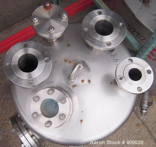 "Used- Northland Stainless Pressure Tank, 55 Gallon, 316L Stainless Steel, Vertical. 24"" diameter x 26 1/2"" straight side, di..."