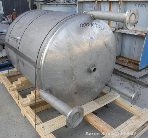 "Used- Lee Industries Tank, Model 300DBT, 300 Gallon, 316 Stainless Steel, Vertical. 44"" diameter x 48"" straight side, dished..."