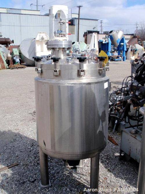 "Used- Feldmeier Receiver Tank, 60 gallon, 316L stainless steel, vertical. 24"" diameter x 30"" straight side, removable dish t..."