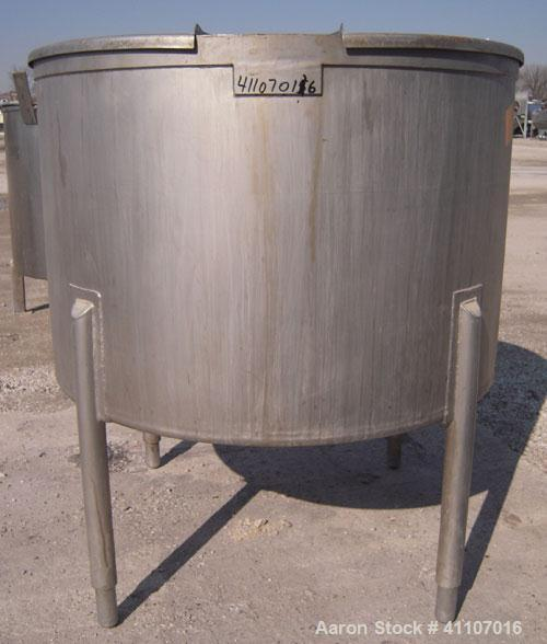 "Used- Tank, Approximately 200 Gallon, 316 Stainless Steel, Vertical. 45"" diameter x 30"" straight side. Flat top with 2 piece..."