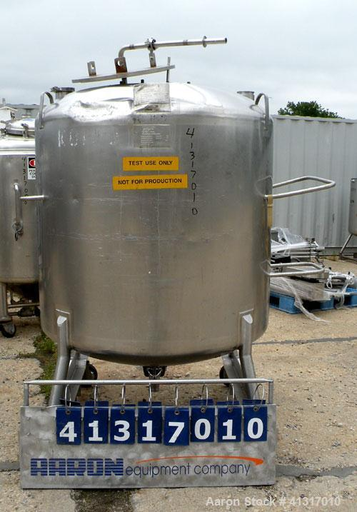 "Used- DCI Pressure Tank, 211 Gallon, 316 Stainless Steel, Vertical. 43 1/4"" diameter x 37"" straight side, dished top and bot..."