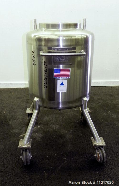 Used- 26 Gallon Stainless Steel Precision Stainless Pressure Tank