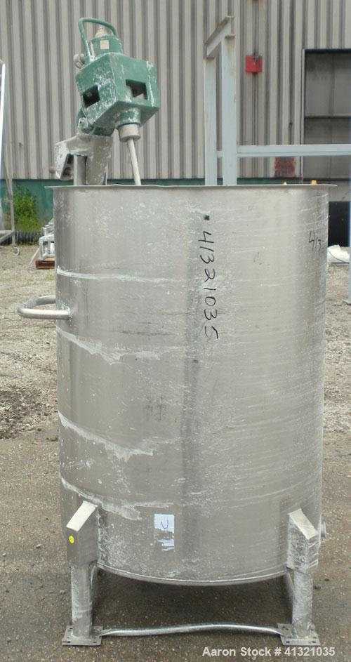 "Used- Tank, 115 Gallon, 304 Stainless Steel, Vertical. 30"" diameter x 38"" straight side, flat open top, no cover, sloped bot..."