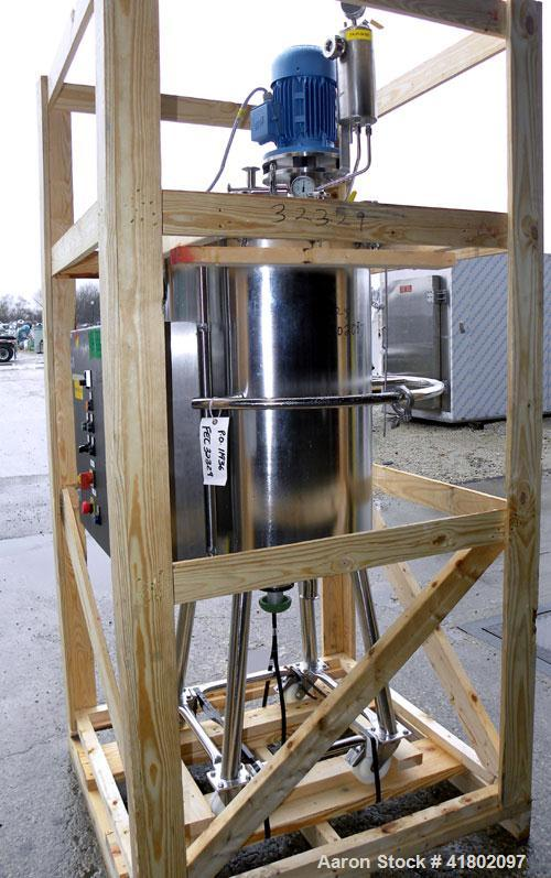 Used- Packo Inox Pressure Tank, 52.8 gallon (200 liter), 316 stainless steel, vertical. Approximate 20'' diameter x 34'' str...