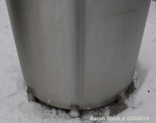 "Used- General Oil Equipment Company Tank, 200 gallon, 316 stainless steel, vertical. 37-1/2"" diameter x 44"" straight side, 1..."