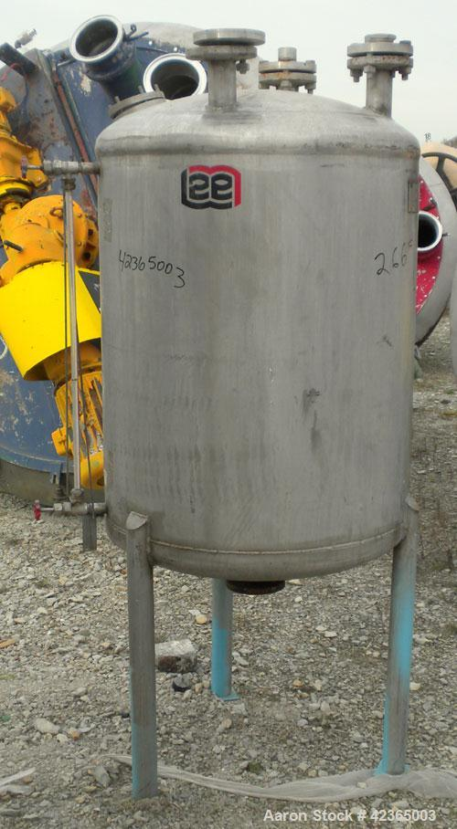 "Used- Lee Metal Products Pressure Tank, 100 gallon, model DBT, 316 stainless steel, vertical. Approximate 30"" diameter x 34""..."