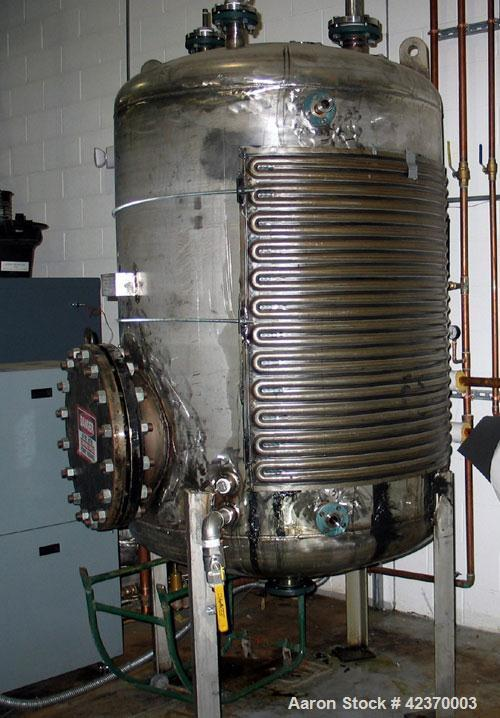 Used- 360 Gallon Stainless Steel Johnstone Co. Tank