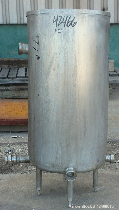 "Used-Tank, 65 Gallon, 304 Stainless Steel, Vertical. 22"" diameter x 40"" straight side, Open top no cover, flat bottom. (3) 2..."
