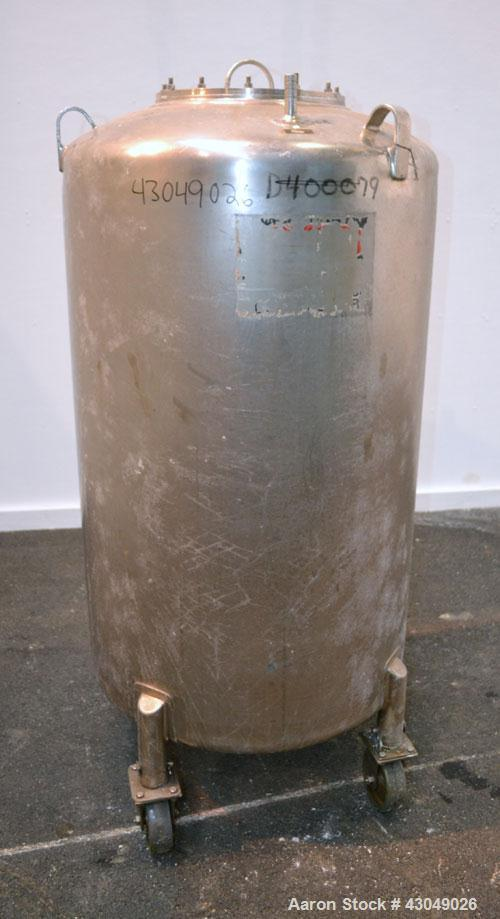 Used- DCI Pressure Tank, 150 Gallon, 316L Stainless Steel, Vertical. 30'' Diameter x 44'' straight side, dished top and bott...