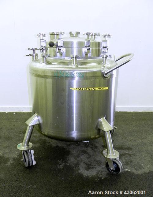 Used- Feldmeier Pressure Tank, 350 Liter (92.48 Gallons), 316L Stainless Steel, Vertical. 36 Diameter x 20 straight side, di...