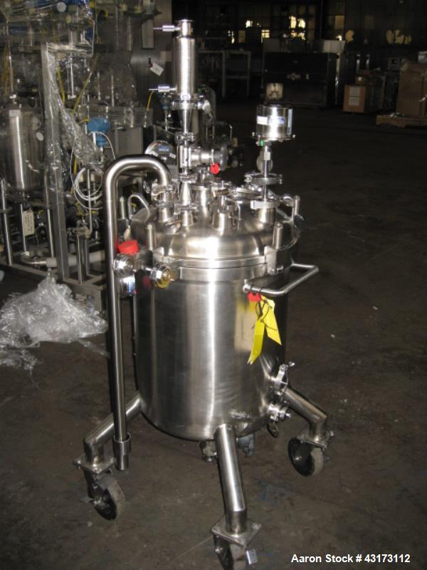 "Used- SFI Pressure Tank, 85 Liter. 316L Stainless steel construction, 18"" diameter x 20"" straight side, removable dish top, ..."