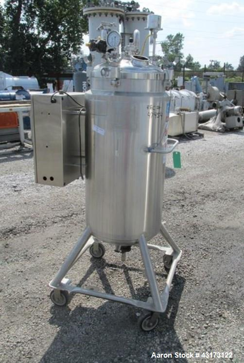 "Used- DCI receiver,150 liter, 316 stainless steel construction, approximately 18"" diameter x 41"" straight side, removable di..."