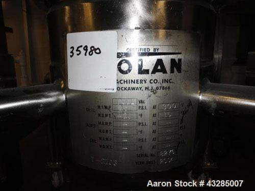 "Used- Tolan Pressure Receiver, 5 Gallon, Stainless Steel. 11.5"" Diameter x 11"" straight side, flat removable top, dish botto..."