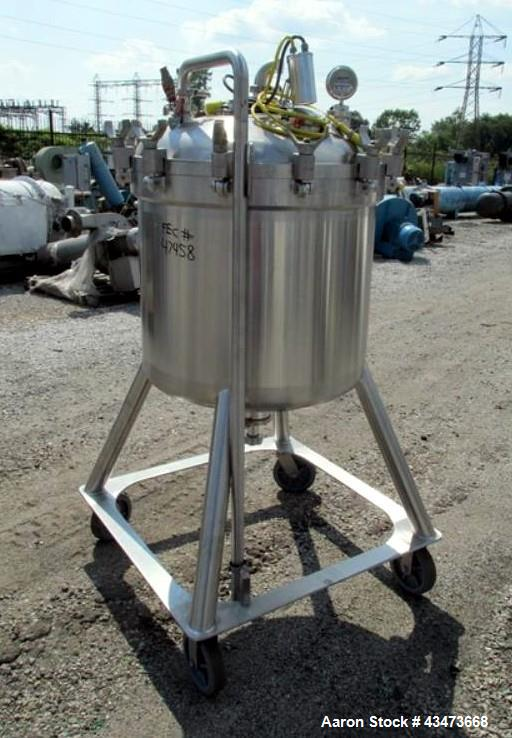 "Used- DCI Receiver, 300 Liter (79.2 Gallon). 316 Stainless steel construction, approximately 30"" diameter x 25"" straight sid..."