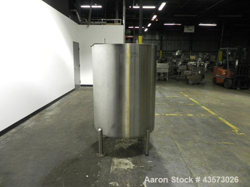Used- G&F Manufacturing Model 200GVD 200 Gallon Tank. Machine is of Stainless Steel construction. Has Vertical orientation. ...