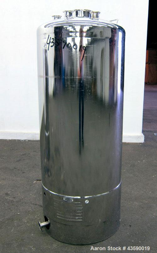 "Used- Alloy Products Pressure Tank, 33 Gallon, 316L Stainless Steel, Vertical. 17.71"" Diameter x 29"" straight side. Dished t..."