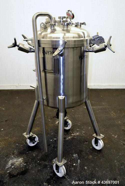 "Used- Precision Stainless Pressure Tank, 39.6 Gallon (150 Liter), 316L Stainless Steel, Vertical.  22-1/2"" Diameter x 24"" st..."