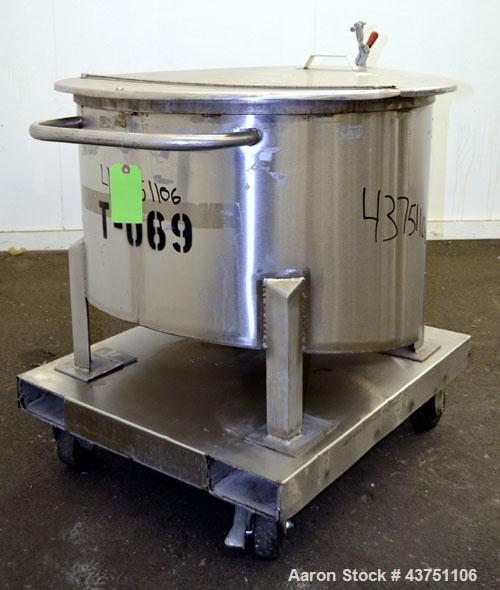 """Used- Water Cooling Corporation Tank, 60 Gallon, 304 Stainless Steel, Vertical. Approximately 30-1/2"""" diameter x 21"""" straigh..."""