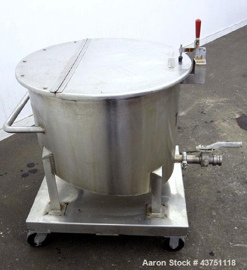 "Used- Water Cooling Corporation Tank, 60 Gallons, 304 Stainless Steel, Vertical. Approximately 30-1/2"" diameter x 21"" straig..."