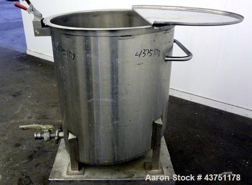 "Used- Water Cooling Corporation Tank, 100 Gallon, 304 Stainless Steel, Vertical. Approximately 31"" diameter x 34"" straight s..."