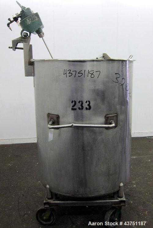 "Used- Groen Tank, 200 Gallon, 304 Stainless Steel, Vertical.  38"" Diameter x 47"" straight side.  Bolt-on hinged top cover, 1..."