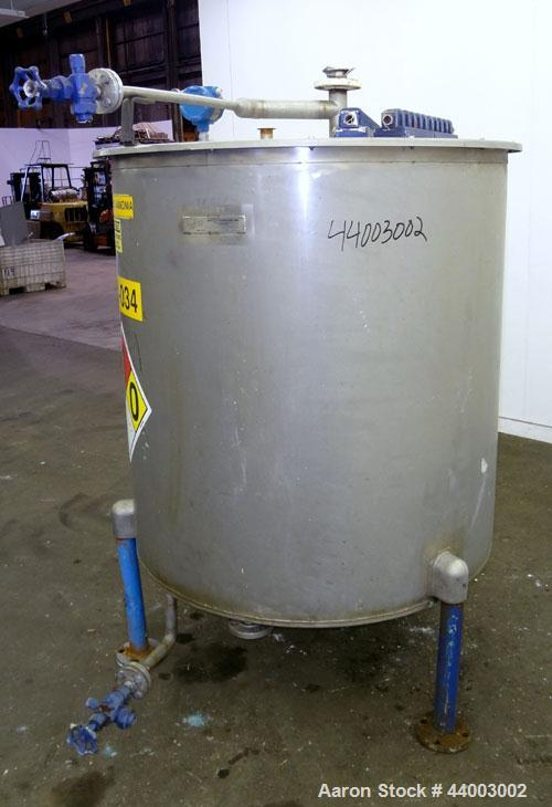 "Used- United Utensils Tank, 300 Gallon, Model VT-300, 304 Stainless Steel, Vertical. Approximate 45"" diameter x 47"" straight..."