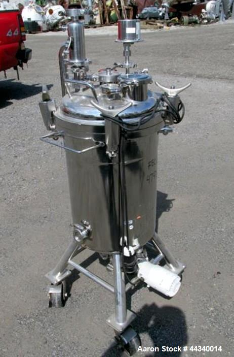 "Used-Alloy Products Pressure Tank, Approximate 16 Gallon, Stainless Steel, Vertical. Approximate 16"" diameter x 21"" straight..."
