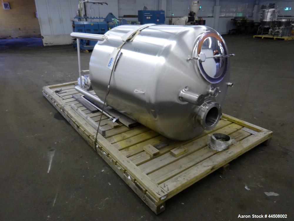 Used- 400 Gallon Stainless Steel Feldmeier Tank, Model 132RS133
