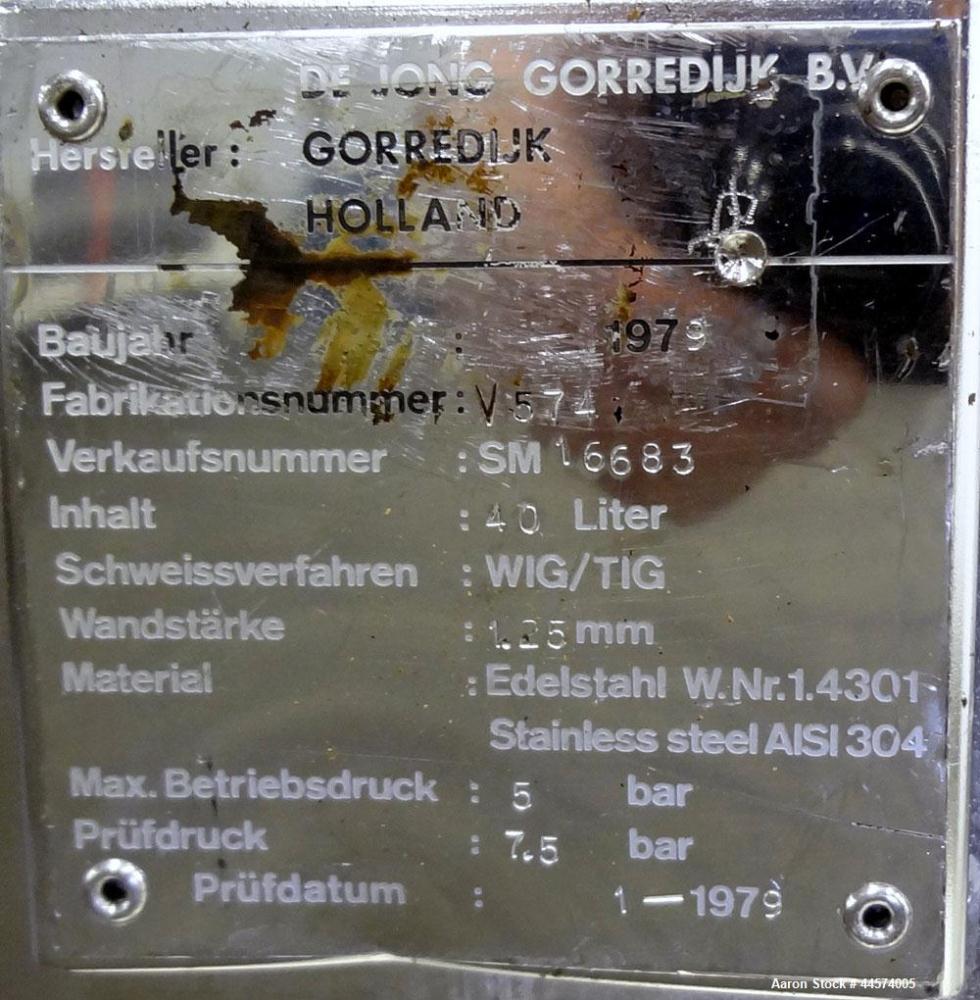 Used- 10.5 Gallon Stainless Steel DeJong Gorredijk Pressure Tank