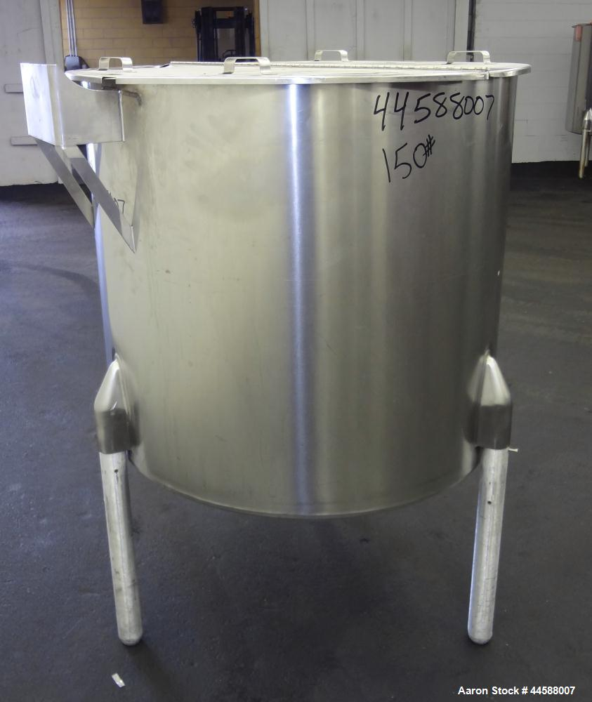 "Used- Perma-San Tank, 170 Gallons, Model OVS, 316 Stainless Steel, Vertical. Approximately 38-1/2"" diameter x 44-1/2"" straig..."