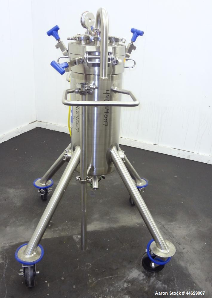 "Used- Feldmeier Pressure Tank, 13 Gallon (50 Liter), 316L Stainless Steel, Vertical. 12"" Diameter x 28"" straight side, clamp..."