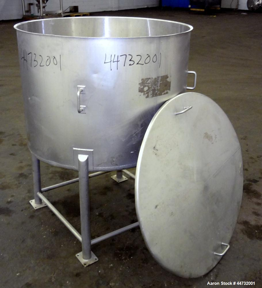 "Used- Tank, 125 Gallon, 304 Stainless Steel, Vertical. Approximately 38"" diameter x 27"" straight side. Flat open top with a ..."